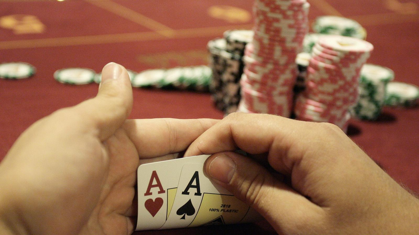 How to Become a Poker Affiliate: Cashing in on Poker Affiliate Programs?